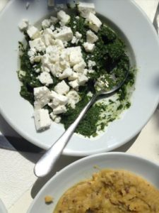 Recept Spinazie met daslook en yoghurt - Σπανάκι με άγριο σκόρδο και γιαούρτι